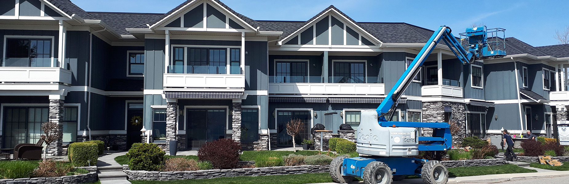 New Era Professional Painters help you with all your exterior repainting needs